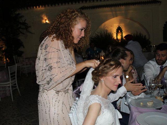 La boda de Francisco Jesús y Aurélie en Dos Hermanas, Sevilla 32