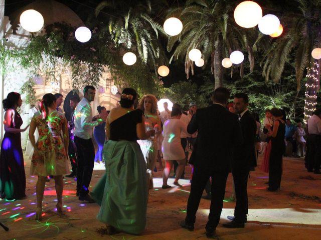 La boda de Francisco Jesús y Aurélie en Dos Hermanas, Sevilla 38
