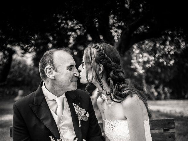 La boda de Miguel y Elena en Castellvi De Rosanes, Barcelona 23