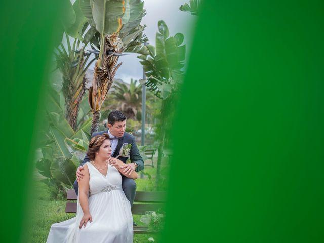 La boda de Esmeralda y David en Playa De Las Americas, Santa Cruz de Tenerife 22