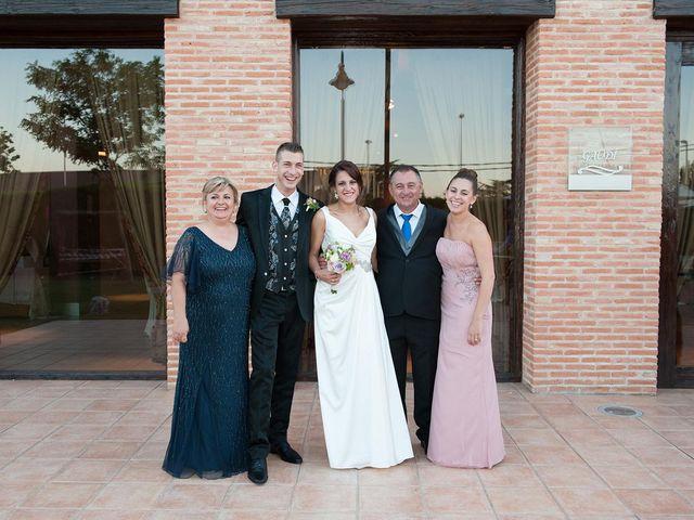 La boda de Carlos y Jessica en Calatayud, Zaragoza 15