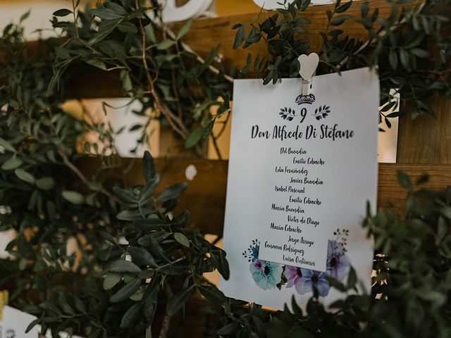 La boda de Emi y Dol en Madrid, Madrid 12