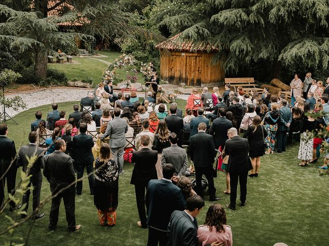 La boda de Emi y Dol en Madrid, Madrid 28