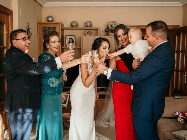 La boda de Miguel y Lurdes en Badajoz, Badajoz 32