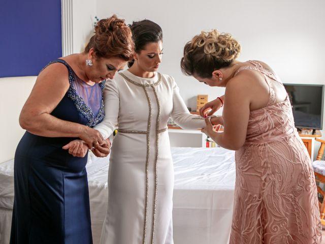 La boda de Ángela María y Rosario en Villamanrique De La Condesa, Sevilla 7