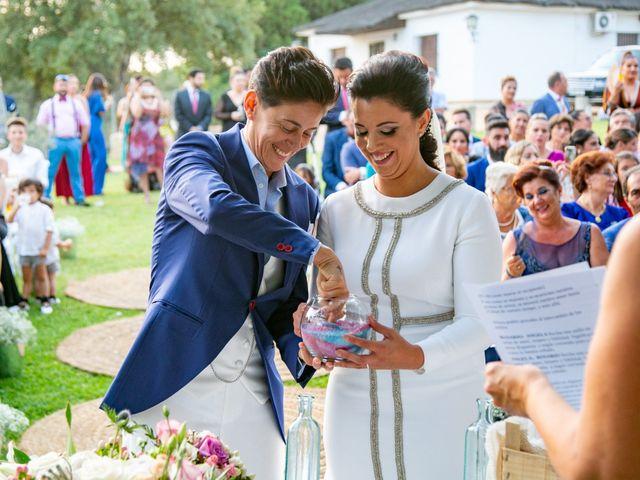 La boda de Ángela María y Rosario en Villamanrique De La Condesa, Sevilla 12