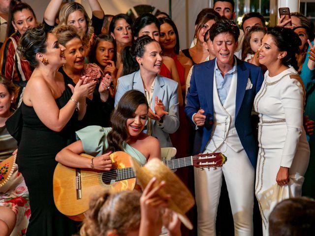 La boda de Ángela María y Rosario en Villamanrique De La Condesa, Sevilla 23