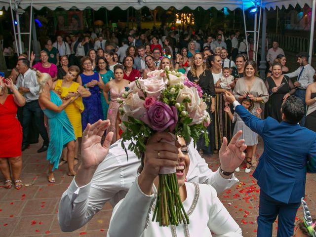 La boda de Ángela María y Rosario en Villamanrique De La Condesa, Sevilla 27
