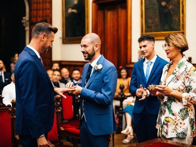 La boda de Victor y Toni en Barcelona, Barcelona 11