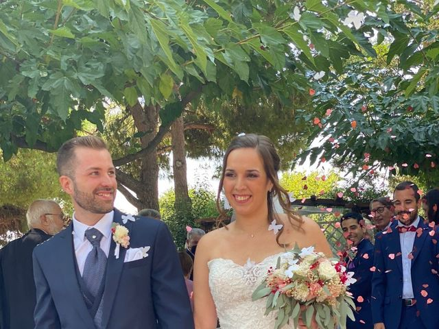 La boda de Javi y Queralt en Sant Vicenç De Montalt, Barcelona 8