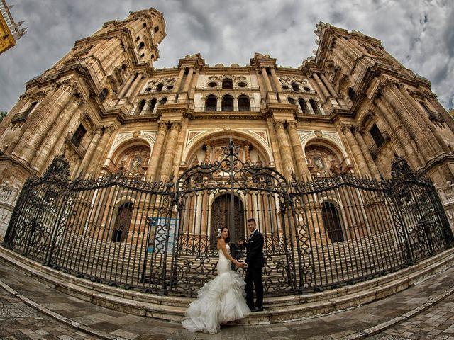 La boda de Edu y Cristina en Motril, Granada 32