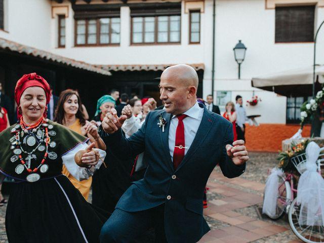 La boda de Diana y Diego en León, León 28
