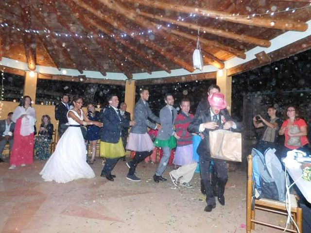 La boda de David y Kath en Olot, Girona 5