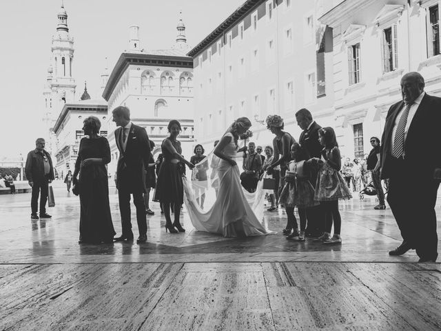 La boda de Javier y Lorena en Zaragoza, Zaragoza 12