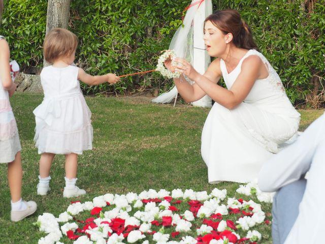 La boda de Tony y Laura en Cambrils, Tarragona 23