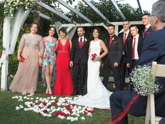 La boda de Tony y Laura en Cambrils, Tarragona 26