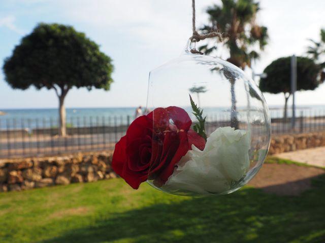 La boda de Tony y Laura en Cambrils, Tarragona 40