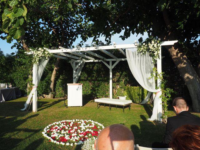 La boda de Tony y Laura en Cambrils, Tarragona 41