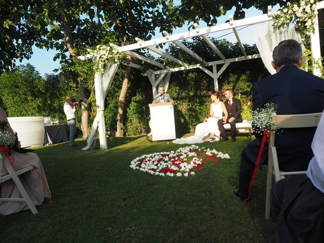 La boda de Tony y Laura en Cambrils, Tarragona 43