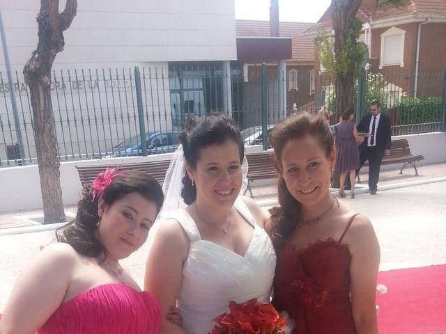 La boda de Juan y Isabel en Parla, Madrid 3