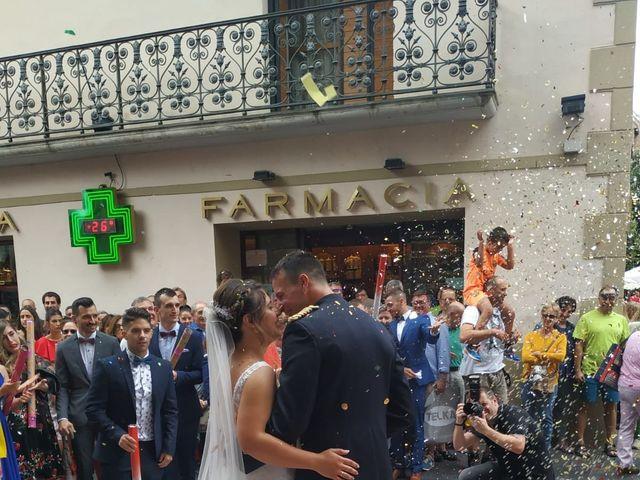La boda de David y Ainhoa en Jaca, Huesca 5