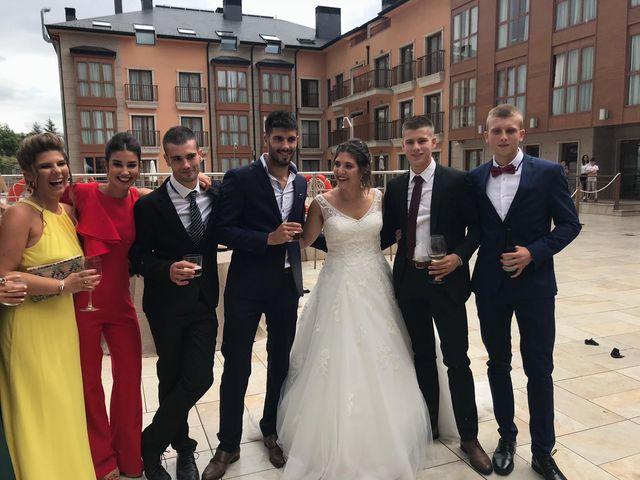 La boda de David y Ainhoa en Jaca, Huesca 6