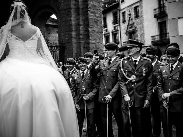 La boda de David y Ainhoa en Jaca, Huesca 2