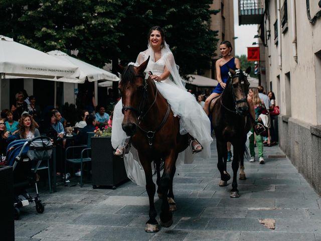 La boda de David y Ainhoa en Jaca, Huesca 22