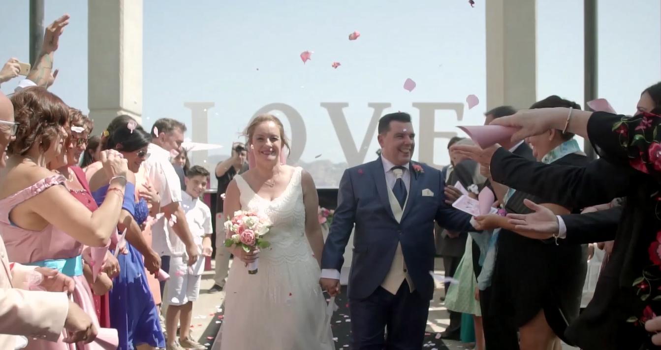 La boda de Oscar y Cristina en Benidorm, Alicante