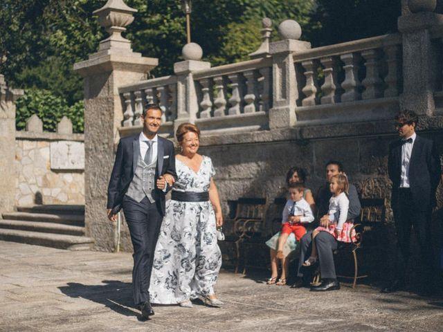 La boda de David y Andrea en Vigo, Pontevedra 61