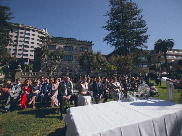 La boda de David y Andrea en Vigo, Pontevedra 69