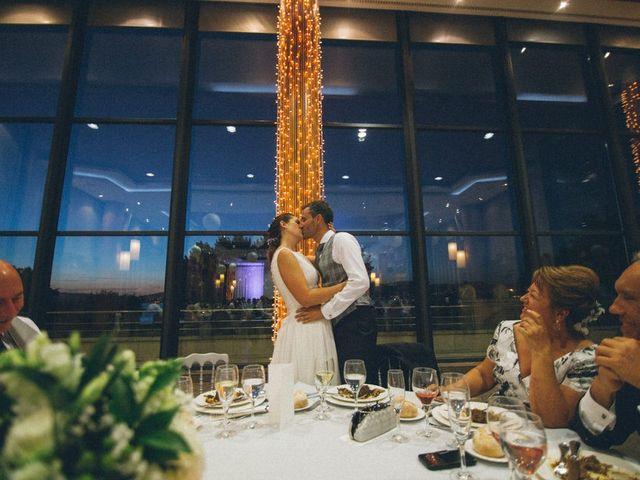 La boda de David y Andrea en Vigo, Pontevedra 135