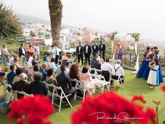 La boda de Josué y Abigail en Santa Cruz De Tenerife, Santa Cruz de Tenerife 16