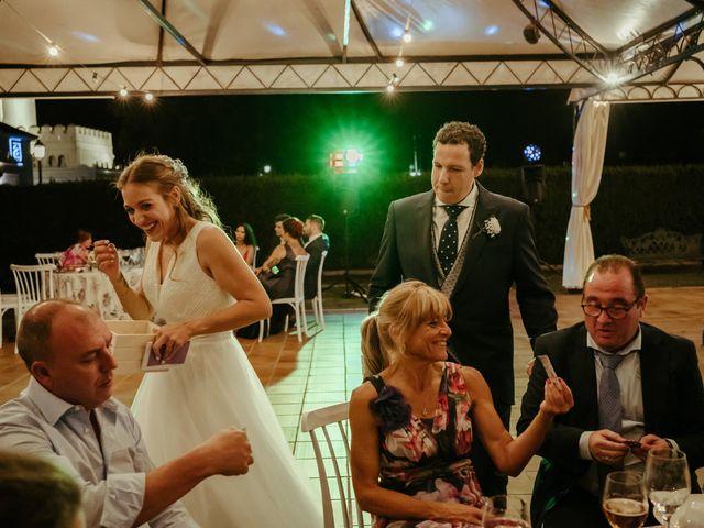 La boda de Alex y Silvia en Benacazon, Sevilla 195