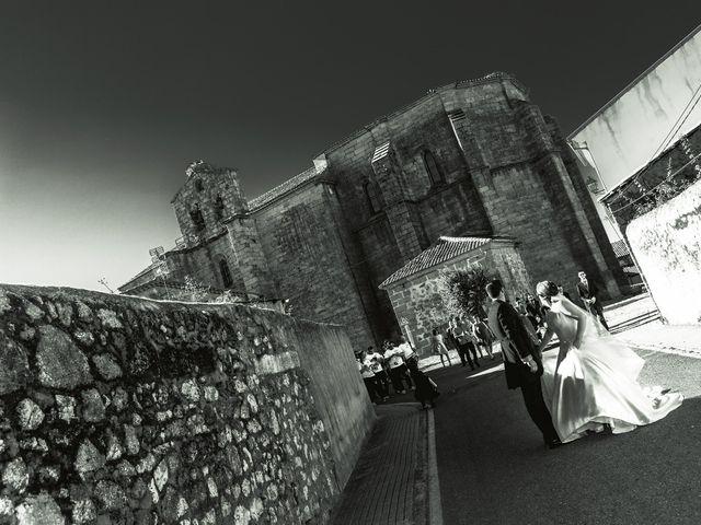 La boda de Vanesa y José María en Valdastillas, Cáceres 39