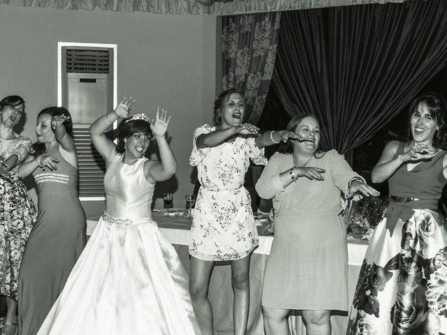 La boda de Vanesa y José María en Valdastillas, Cáceres 57
