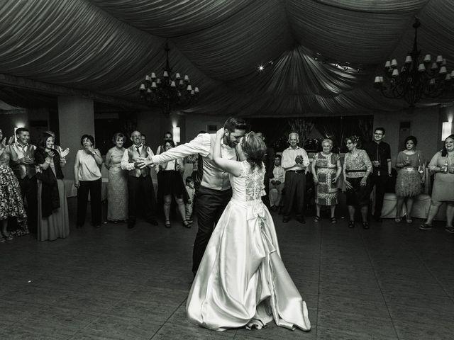 La boda de Vanesa y José María en Valdastillas, Cáceres 62