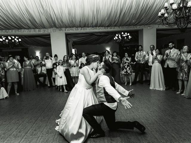La boda de Vanesa y José María en Valdastillas, Cáceres 63