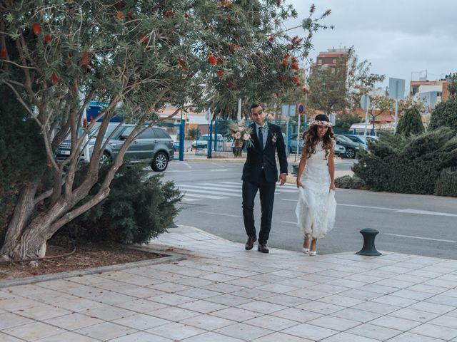 La boda de Luis y Sabrina en Castelló/castellón De La Plana, Castellón 11