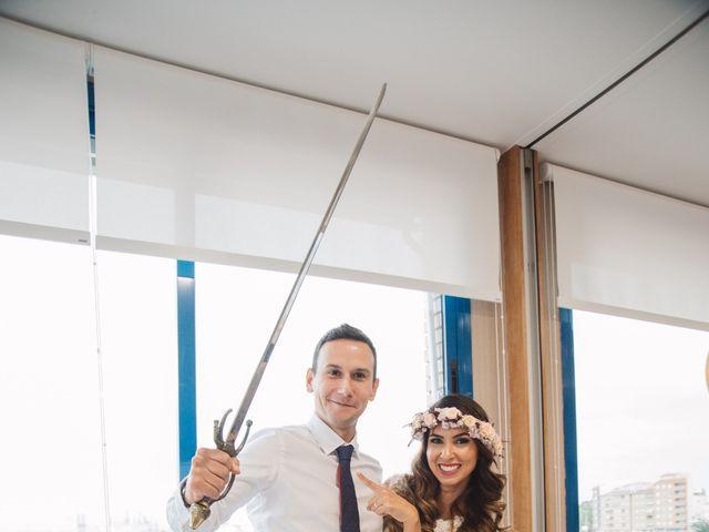 La boda de Luis y Sabrina en Castelló/castellón De La Plana, Castellón 21