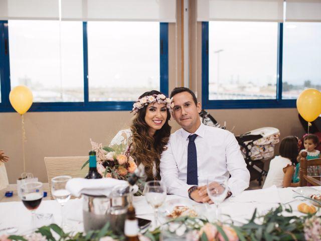 La boda de Luis y Sabrina en Castelló/castellón De La Plana, Castellón 22