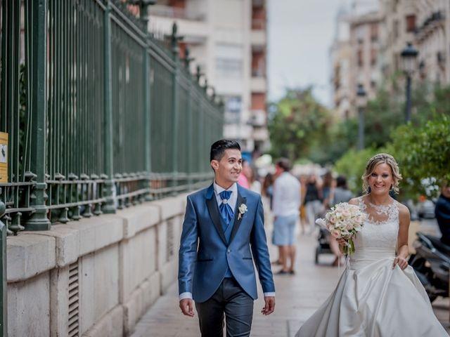 La boda de Jose y Bea en Valencia, Valencia 56