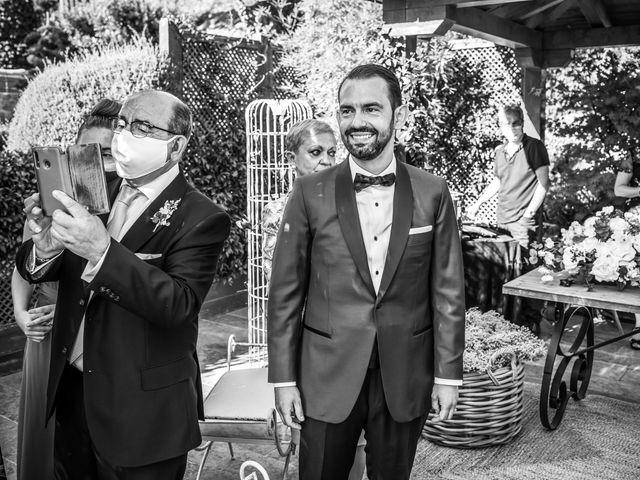 La boda de Daniel y Cristina en Miraflores De La Sierra, Madrid 25