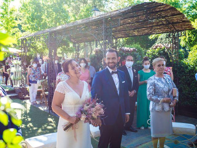 La boda de Daniel y Cristina en Miraflores De La Sierra, Madrid 27