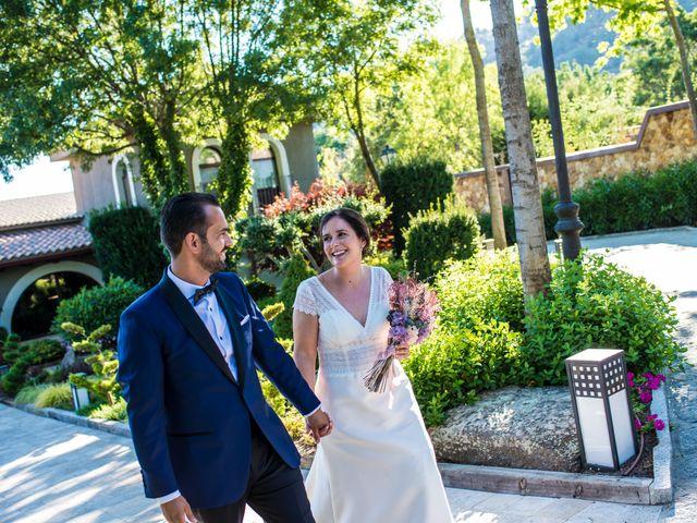 La boda de Daniel y Cristina en Miraflores De La Sierra, Madrid 38