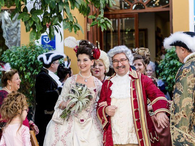 La boda de Almudena y Roman en Sevilla, Sevilla 12