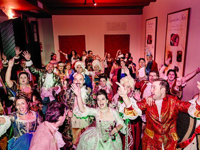 La boda de Almudena y Roman en Sevilla, Sevilla 34