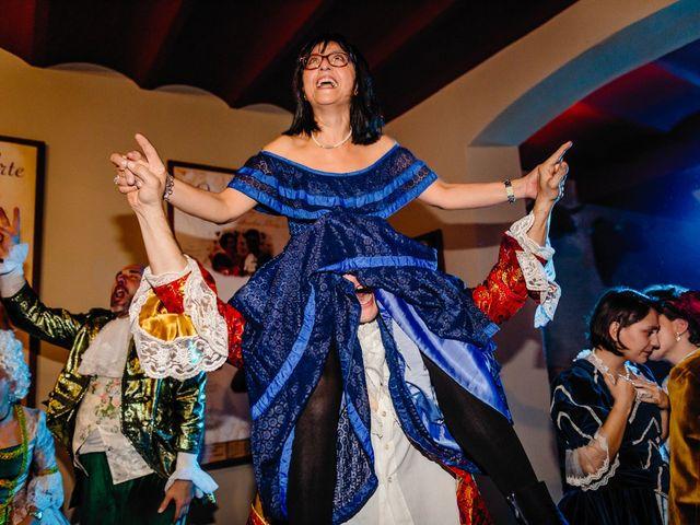 La boda de Almudena y Roman en Sevilla, Sevilla 35