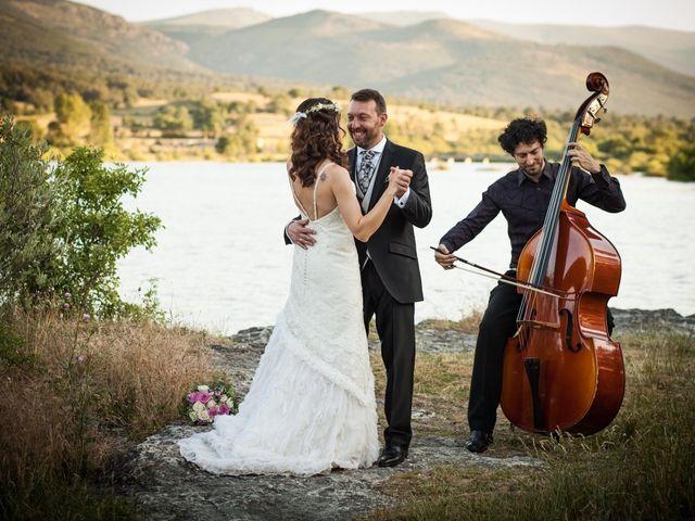 La boda de Juanjo y Fany en Pinilla Del Valle, Madrid 27