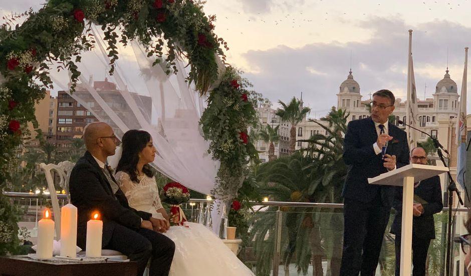 La boda de Thiago y Saray en Alacant/alicante, Alicante
